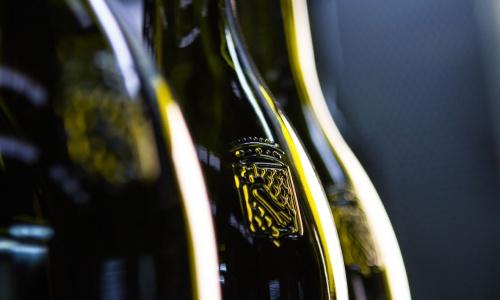 wine_culture.MOF_BOTTIGLIA_web-7nsp-110 How to make a bottle - Exploring Taste Magazine